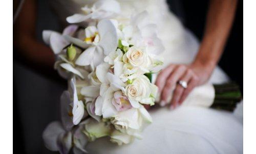 Bridal Bouquet Pleasantdale Chateau  NJ Wedding Flowers Limelight Floral Design