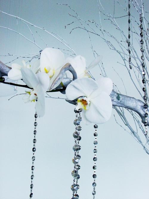 Maritime Parc centerpiece white hydrangeas roses