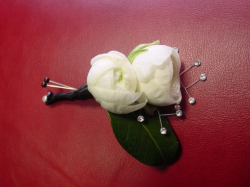 Limelight Floral Design wedding flowers boutonniere