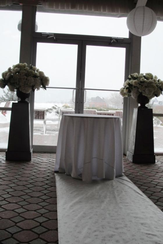 Wedding flowers Jersey City Hoboken NJ Maritime Parc Restaurant ceremony